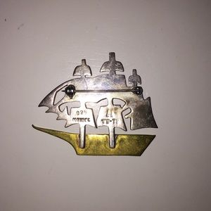 mexican silver Jewelry - RARE mexican silver schooner pin